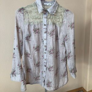 Lace and button up blouse. Pink, tan size small